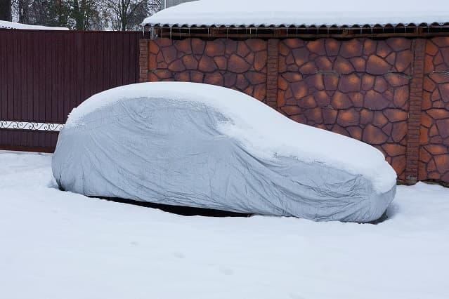 voiture protégée neige