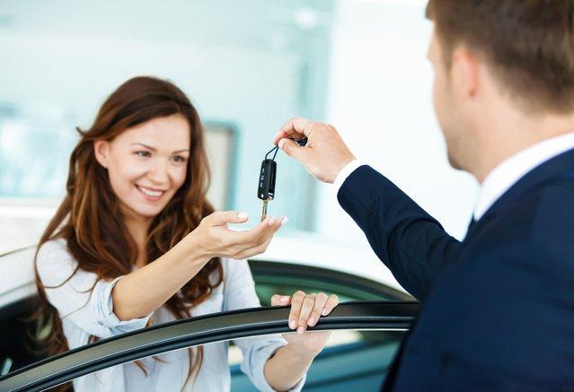 Comment bien choisir sa première voiture
