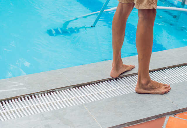 comment-entretenir-piscine